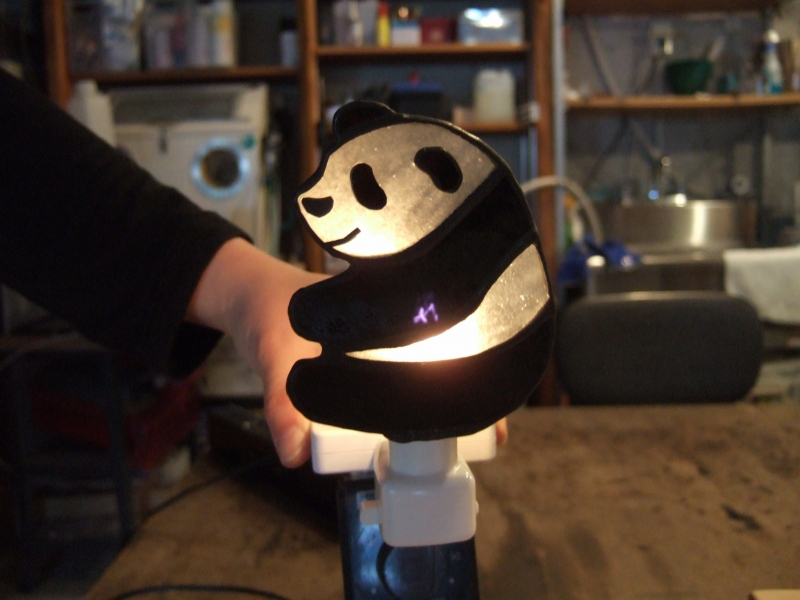 パンダのコンセントライト